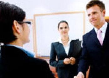Jak sobie radzić z trudnym klientem?