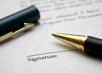Kontrakt menedżerski nie skutkuje nawiązaniem stosunku pracy
