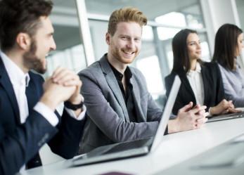 Reguła wzajemności – prosty trik w technikach sprzedaży