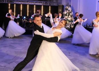 Debiutantki zatańczą charytatywnie
