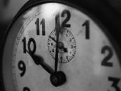 Fikcyjny powód prawdziwej nieobecności – jakie konsekwencje może ponieść pracownik za podanie nieprawdziwych przyczyn absencji?