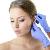 Jakie są operacje plastyczne w obrębie uszu?