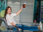 Jaki urlop, takie siły do pracy.  Jak polscy pracownicy ładują baterie na wakacjach?