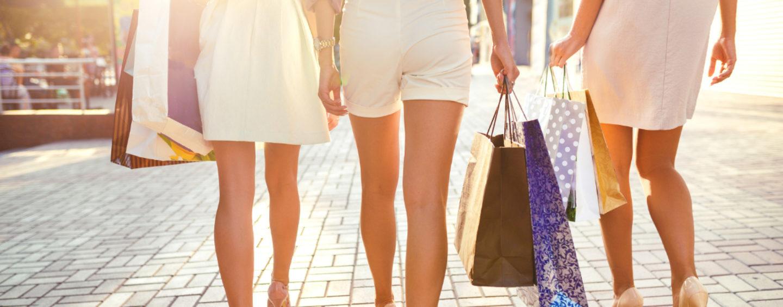 Szpilki pudrowy róż – idealny odcień eleganckich butów na wiosnę