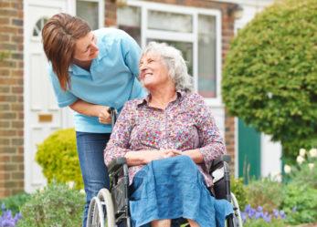 Jak przygotować się do pracy opiekunki osób starszych w Niemczech?