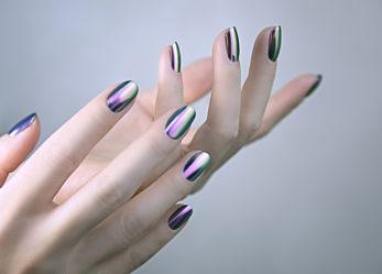 Wybieramy lakier do paznokci na karnawałową imprezę