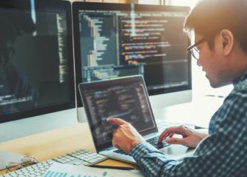 Czym zajmuje się java developer i jak nim zostać?