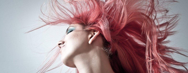 Sprawdzone sposoby na wypadające włosy